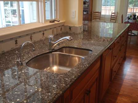 Best Granite : Granite Vs Quartz: Which Is The Best Option For My Kitchen Countertop ...
